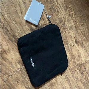 MaxMara piccolo accessori zip up bag